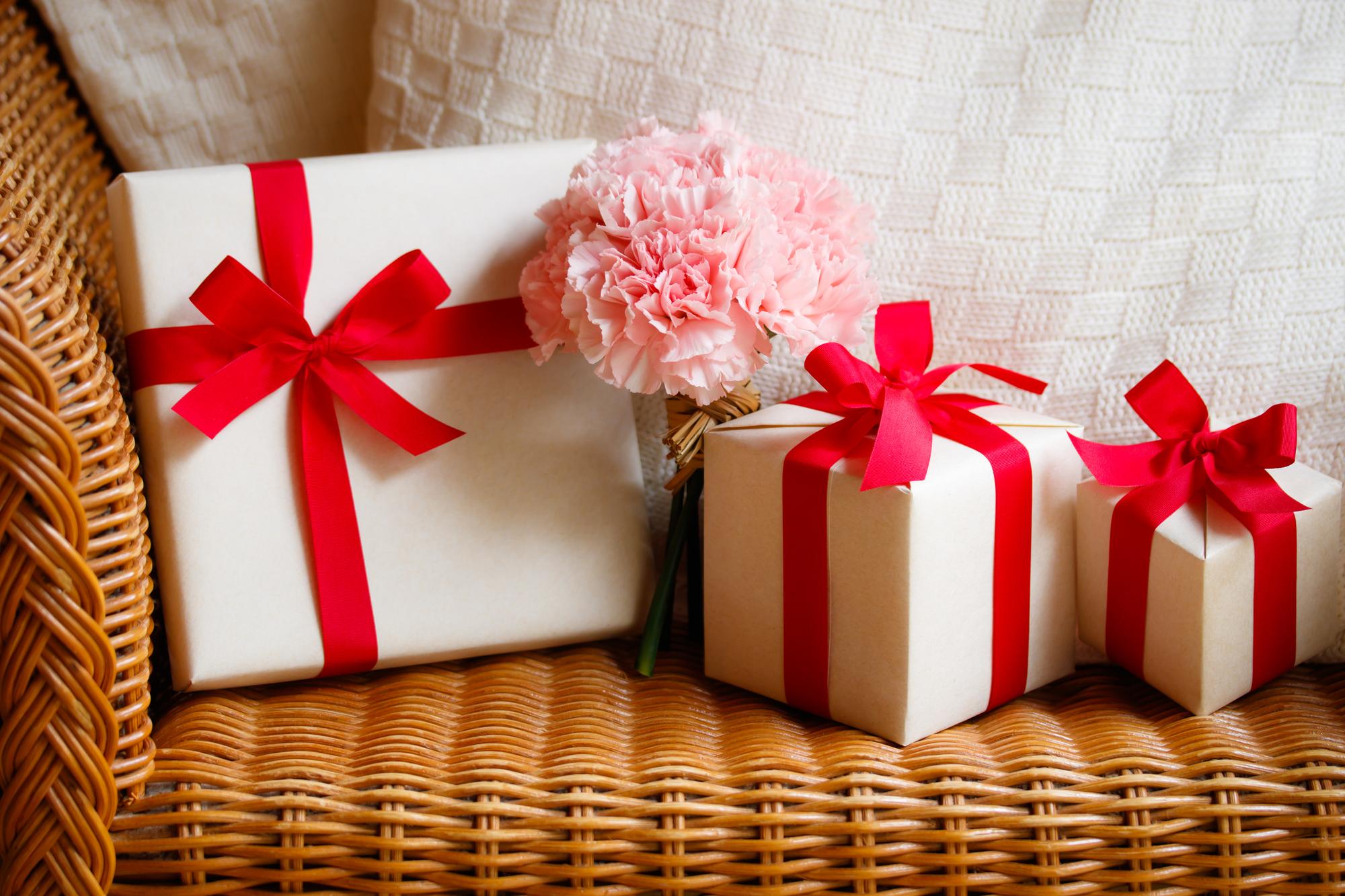 今年のイチオシ母の日プレゼントはズバリ、青いカーネーション!
